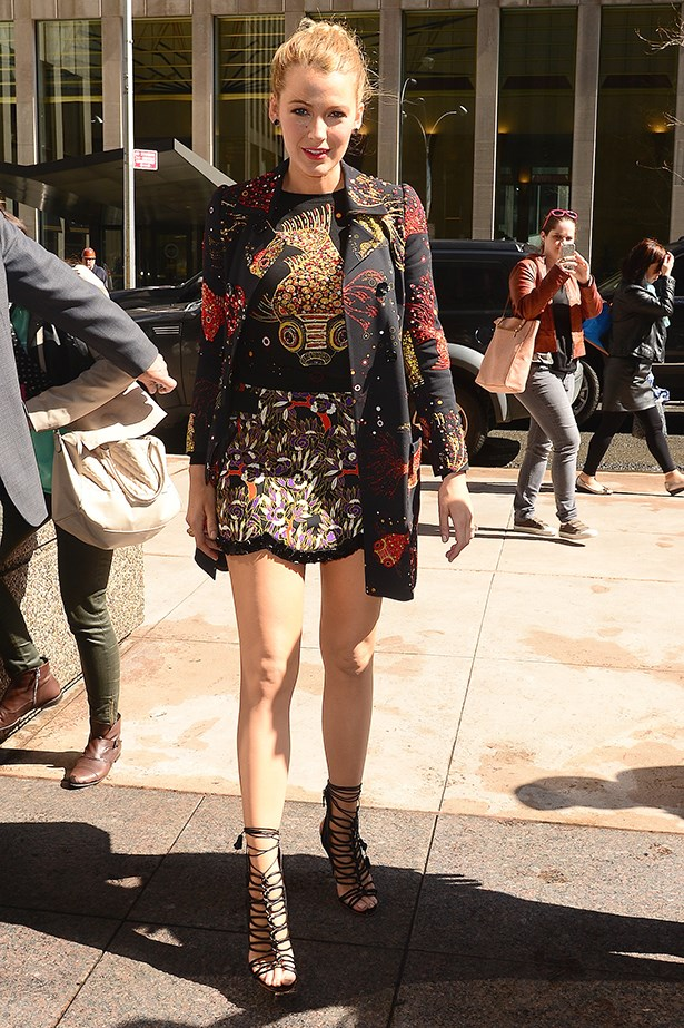 <strong>Look 6:</strong> <em>11am</em> Arriving at Sirius radio station studios in New York<br>