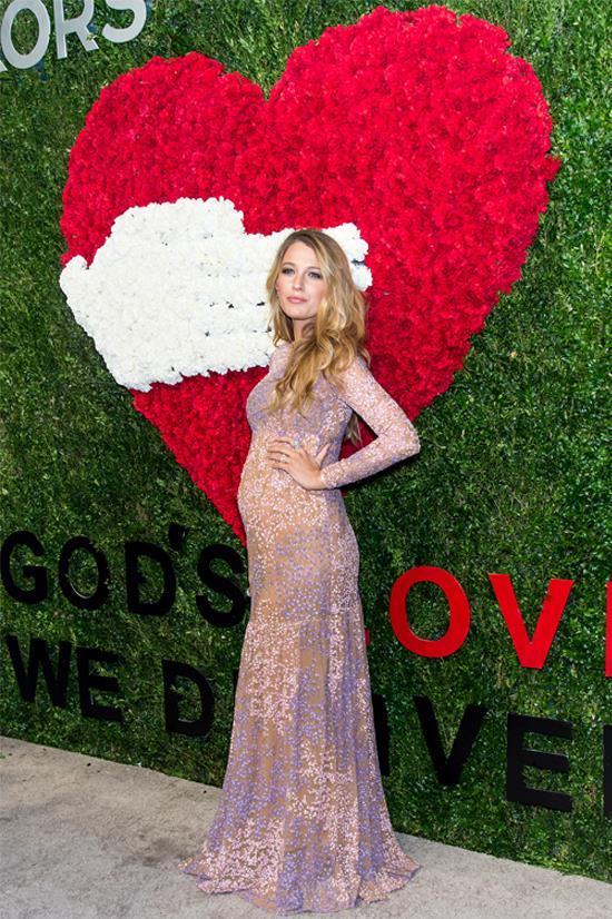 """Blake Lively wearing Michael Kors at """"God's Love We Deliver Golden Heart Awards"""", October 2014"""