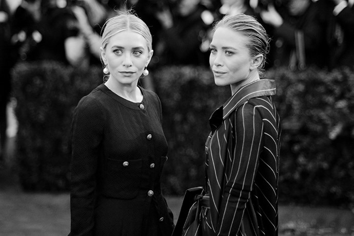 <strong>2014</strong <em><br>'Charles James: Beyond Fashion' <br>Ashley and Mary-Kate Olsen