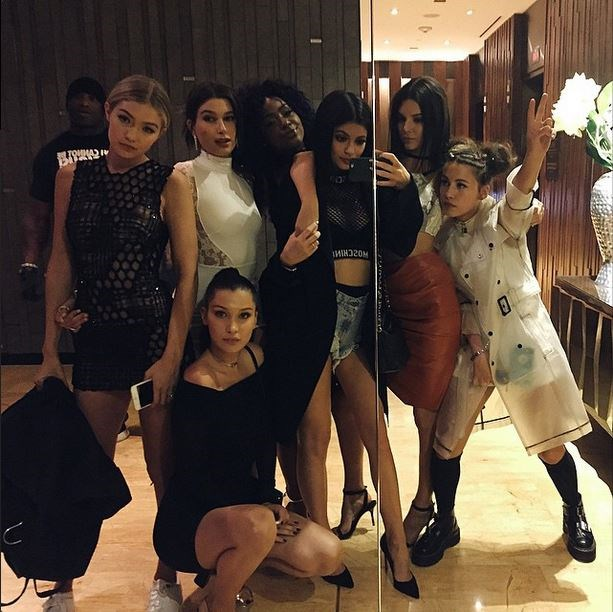 """Gigi Hadid, Hailey Baldwin, Bella Hadid, Justine Skye, Kylie Jenner and Kendall Jenner<br><br> """"too much sexiness around me"""" - @kyliejenner"""