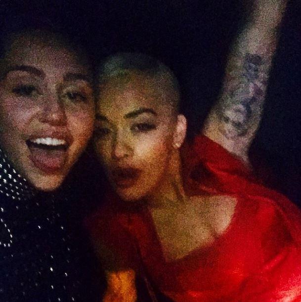 """Miley Cyrus and Rita Ora <br><br> """"@ritaora fucking bubzyyyyy"""" - @mileycyrus"""