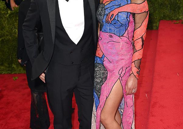 Did you notice the penis on FKA Twigs Met Gala dress?