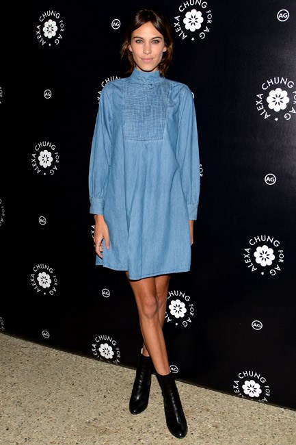 <strong>Denim Dress</strong><br> Long sleeves, short hemline and a shift shape in our fave fabric, plus black booties to boot... Alexa Chung's into it, and so are we.