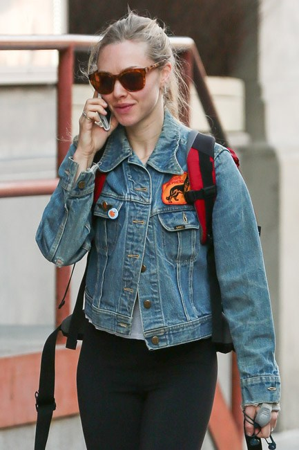 <strong>Customised Denim</strong><br> When your perfectly worn-in jacket needs a little revamp, decorate like Amanda Seyfried and do it up with patches, pins and pretty things.