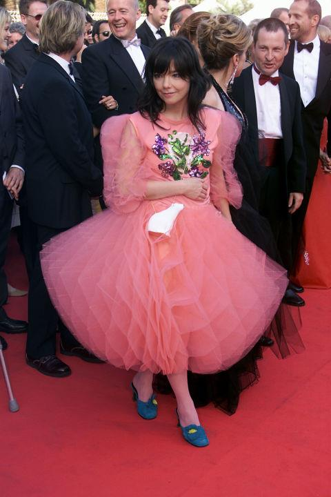 <strong>BJORK</strong> <BR> In 2000.