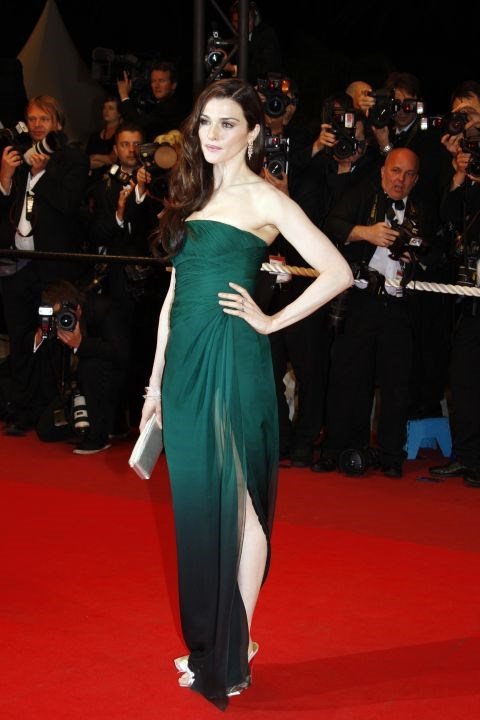 <strong>RACHEL WEISZ</strong> <BR> Wearing Valentino in 2009.
