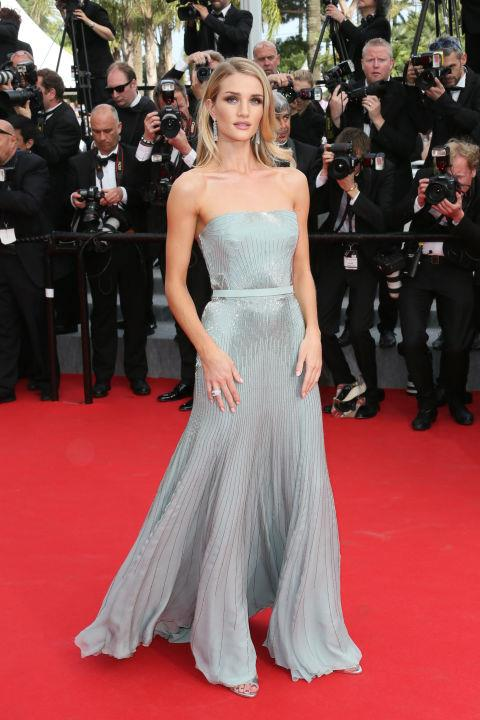<strong>ROSIE HUNTINGTON-WHITELEY</strong> <BR> Wearing Gucci in 2014.