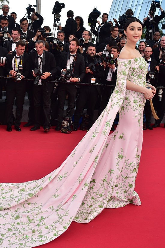 <strong>Fan Bingbing</strong> wearing Ralph & Russo Couture