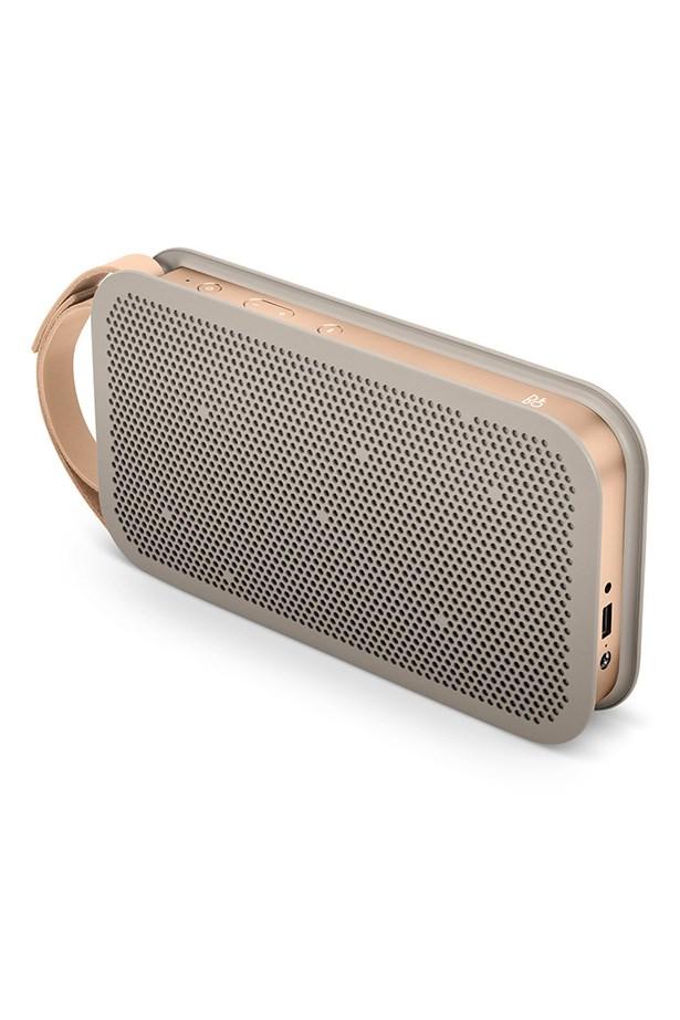 "<a href=""http://store.apple.com/au/product/HH022/bo-beoplay-a2-portable-bluetooth-speaker"">Bluetooth Speaker</a>,  479.95, B&O, apple.com/au"