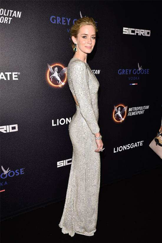 <strong>Emily Blunt</strong> wearing Stella McCartney