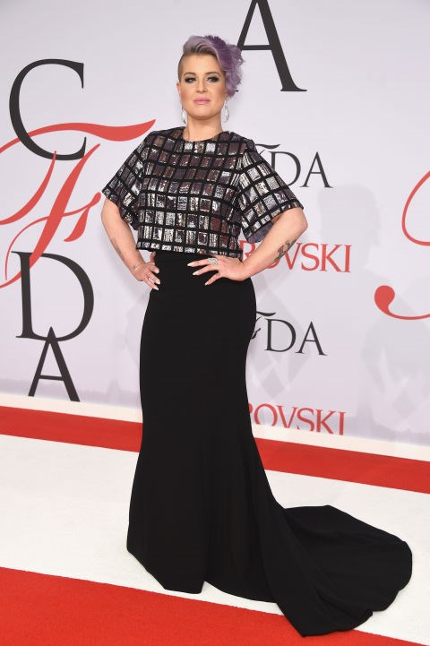 <strong>KELLY OSBOURNE</strong> <BR> in custom Christian Siriano