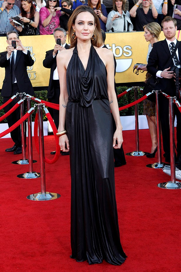 Nobody does Angelina Jolie does black and slinky quite like Angelina.