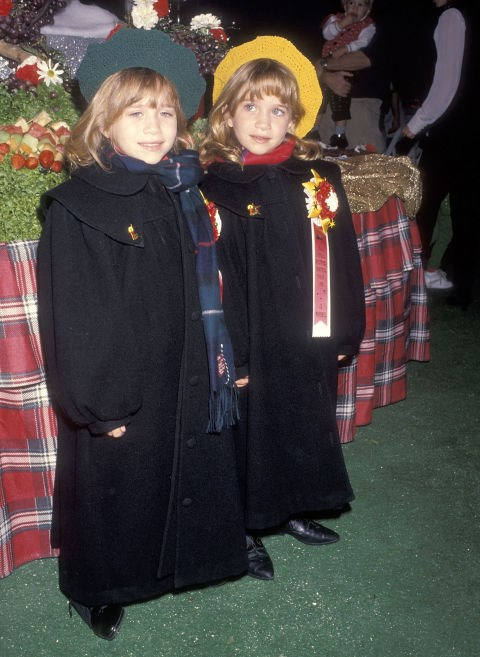 NOVEMBER 28, 1993 At the 62nd Annual Hollywood Christmas Parade.