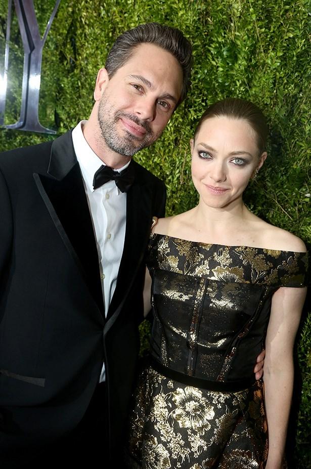 Amanda Seyfried (in Oscar de la Renta) and Thomas Sadoski