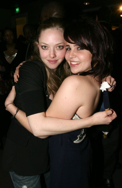 <p><strong>Amanda Seyfried and Mae Whitman</strong> <p>Childhood red carpet-walkin' friends.