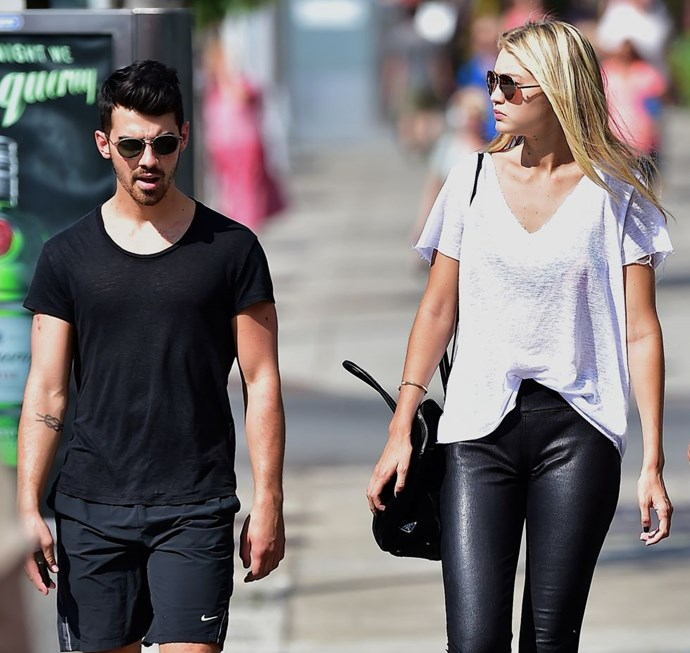 GIGI HADID AND JOE JONAS (2015-PRESENT) We have yet to get word of an official confirmation of their relationship, but the pair has been seen out and about together quite a lot lately.