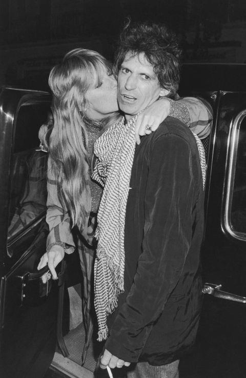 PATTI HANSEN AND KEITH RICHARDS (1980-PRESENT) Here's one model/musician relationship with staying power: Hansen and Richards celebrated will celebrate their 32nd wedding anniversary this year.