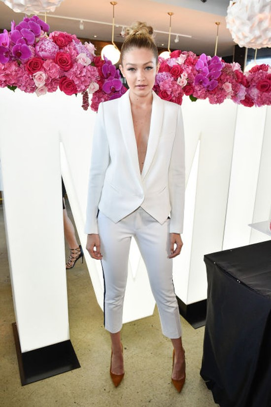 <strong>JUNE 3, 2015</strong> <BR> At the Maybelline New York 100th Anniversary Party in Toronto.