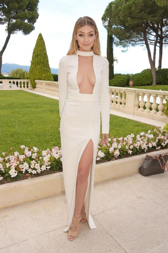 <strong>MAY 21, 2015</strong> <BR> At the amfAR gala in Cannes, France.