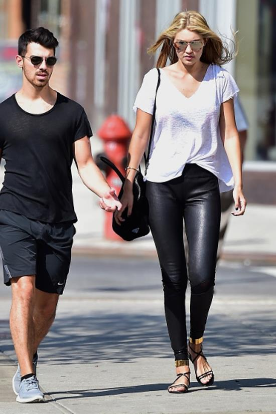 <strong>SEPTEMBER 4, 2014</strong> <BR> With Joe Jonas in SoHo