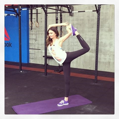 "<strong>MIRANDA KERR</strong> <BR> <a href=""https://instagram.com/mirandakerr"">@mirandakerr</a>"