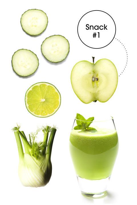 """AFTERNOON PICK-ME-UP Green Juice: """"Packed with chlorophyll and potassium, this juice helps to alkalize and vitalize the body so you avoid that 3 P.M. afternoon slump, which inevitably has you reaching for office candy and more caffeine,"""" James says."""