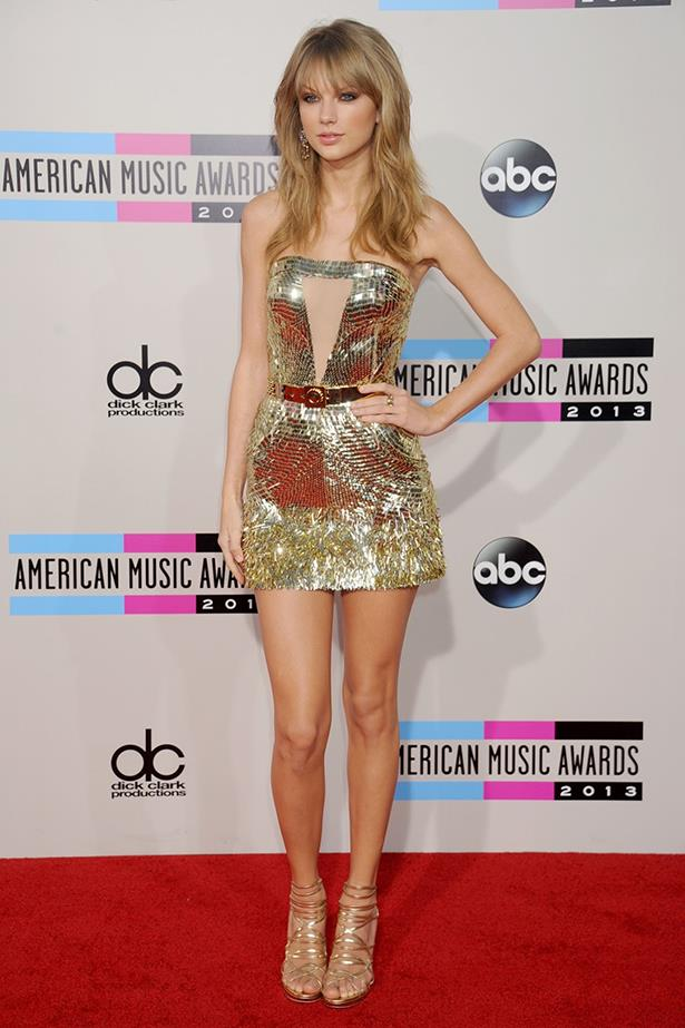 Taylor Swift in Julien MacDoncald - American Music Awards 2013