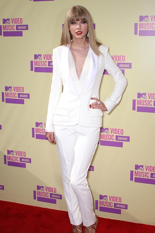 Taylor Swift In J. Mendel – 2012 MTV Video Music Awards