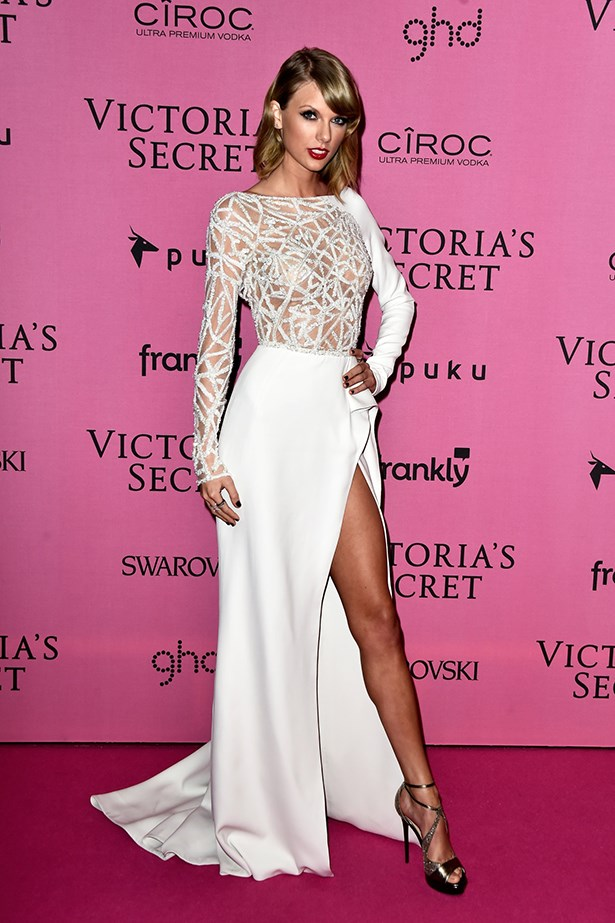 Taylor Swift In Zuhair Murad Couture – 2014 Victoria's Secret Fashion Show