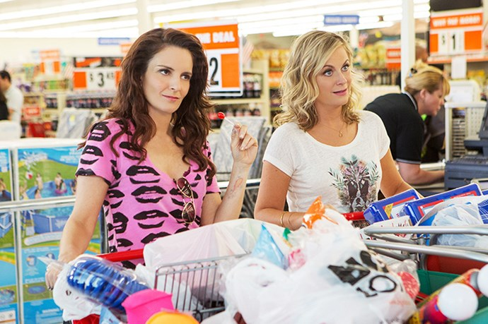 The trailer for Amy Poehler and Tina Fey film sisters