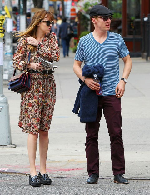 DAKOTA JOHNSON AND BENEDICT CUMBERBATCH. Lunch buddies.