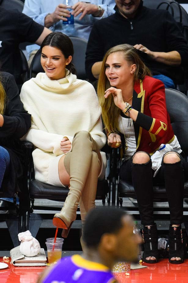 <p>January 07, 2015</p> <p> Kendall Jenner and gal pal Cara Delevingne attend a basketball game between the Los Angeles Lakers and the Los Angeles Clippers at Staples Center.</p>