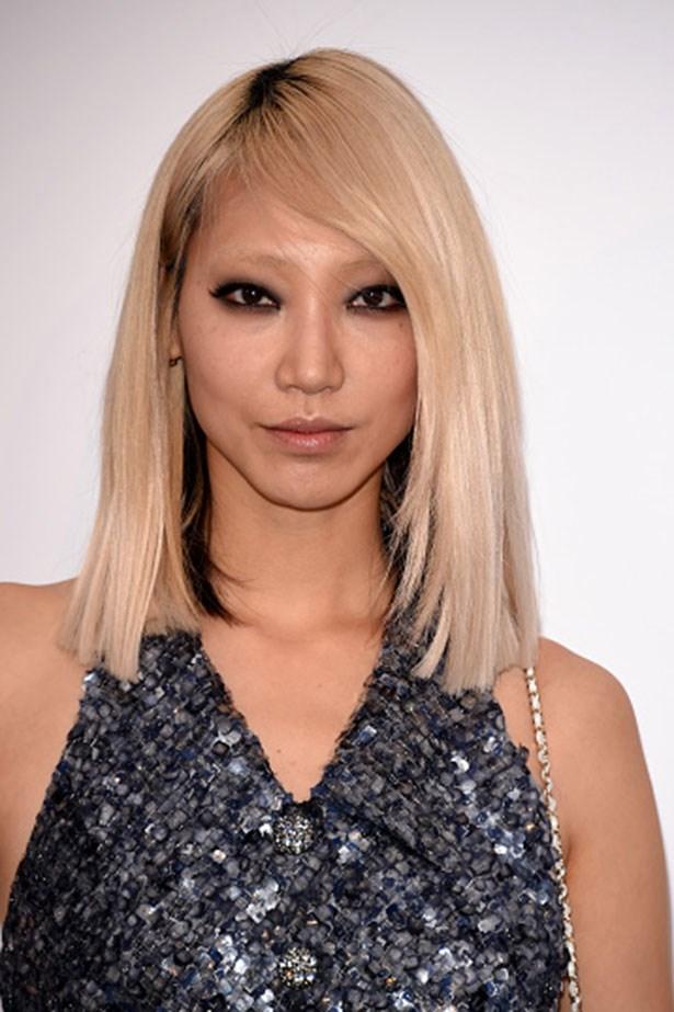<strong>Soo Joo Park</strong> <br> <br> <em>Sleek side park and grungy eyes</em>
