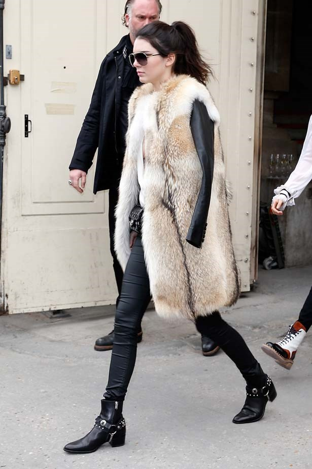 <p>March 10, 2015</p> <p>Kendall Jenner attends the Chanel show as part of the Paris Fashion Week Womenswear AW15-16.</p>