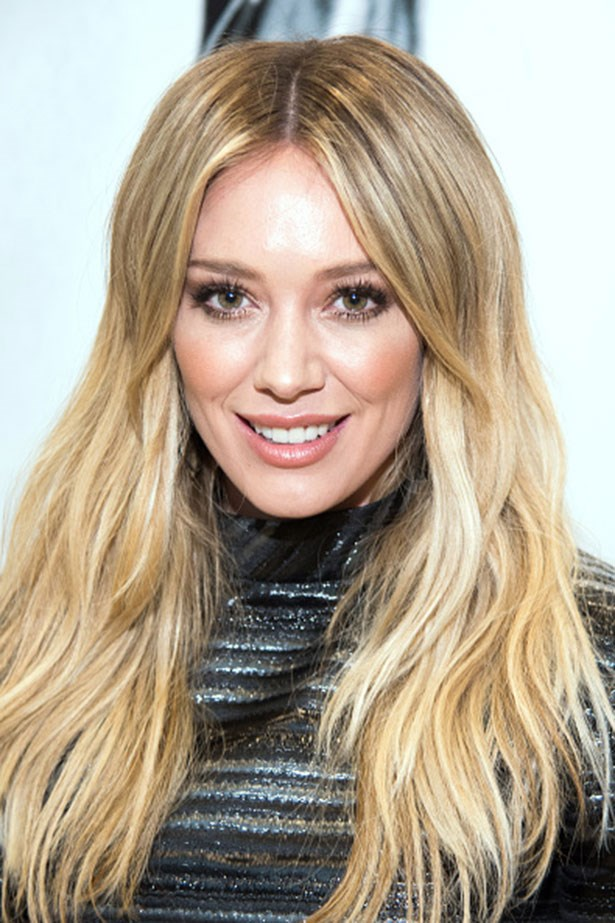 <strong>Hilary Duff </strong> <br> <br> <em>Volume at the roots and sexy lashes</em>