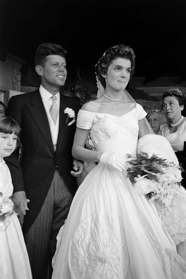 Jacqueline Kennedy wore a full-skirted dress to marry John F Kennedy in 1953.