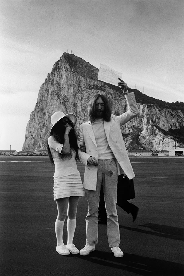 Yoko Ono wore a short shift, long socks and tennis shoes to marry Beatle John Lennon in 1969.
