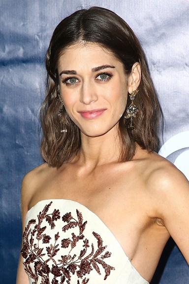 Lizzy Caplan nails her feminist essay about being a tomboy