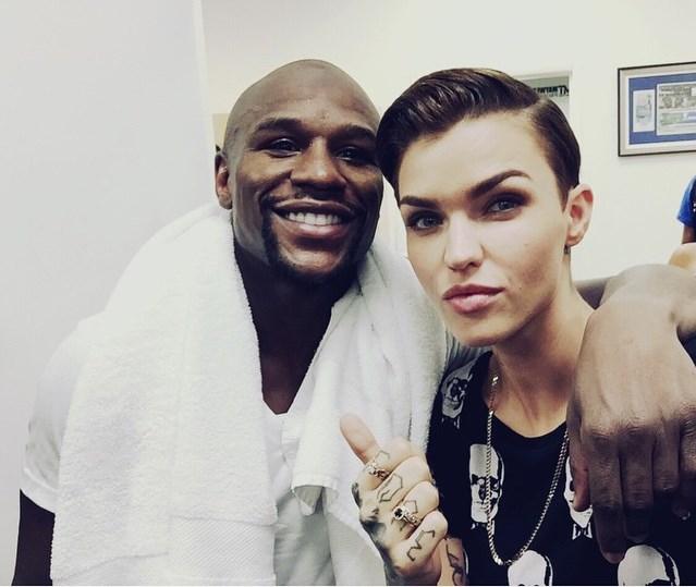 Ruby Rose selfie with Floyd Mayweather