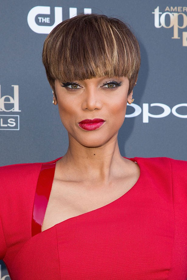 Tyra looking fierce as hell with her new 'do.