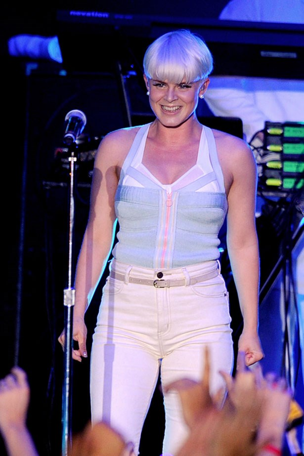 "Robyn and her platinum bowl cut at the MTV ""O Music Awards 2"" in 2011."
