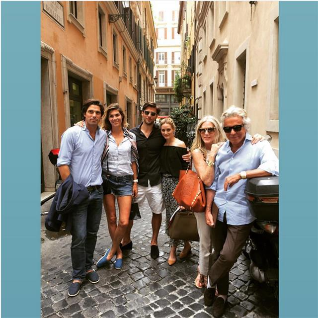 @oliviapalermo Roman lunch with friends