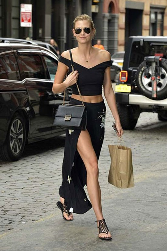 Another casual crop from Karlie Kloss.