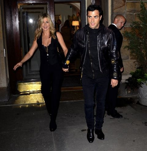 SEPTEMBER 26, 2011 Biker chic with Justin Theroux