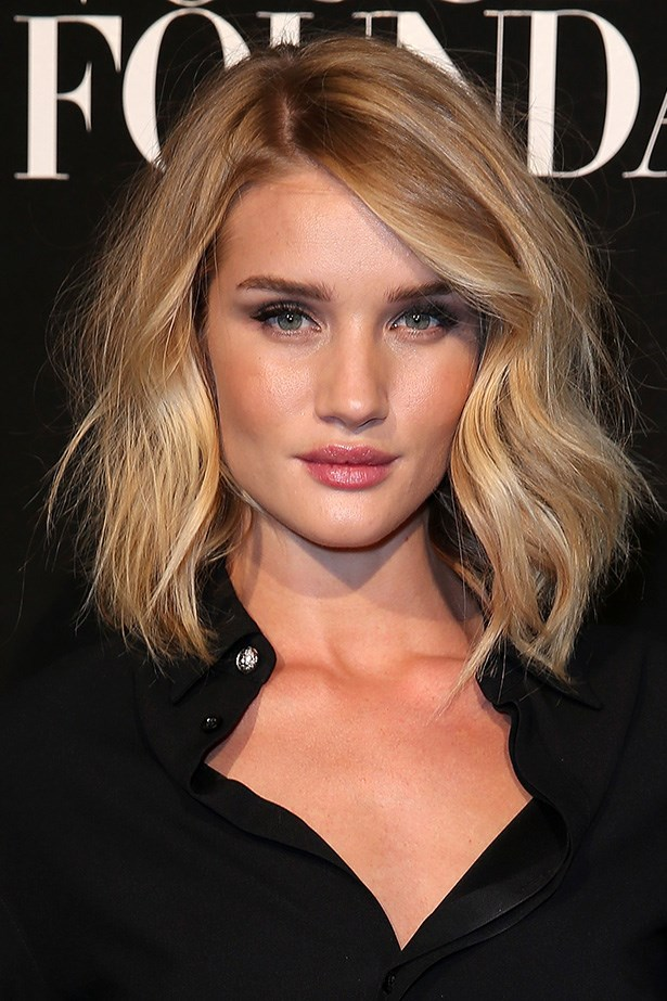 A new cut and a slightly lighter colour keeps <strong>Rosie Huntington-Whiteley's </strong>honey blonde looking fresh.