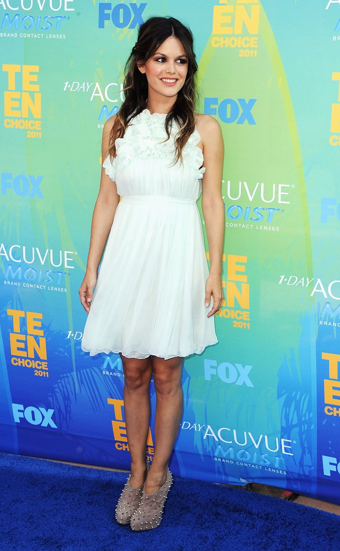 Actress Rachel Bilson arrives at the 2011 Teen Choice Awards held at the Gibson Amphitheatre on August 7, 2011 in Universal City, California