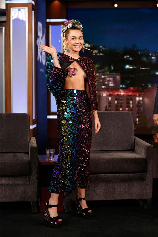 Miley Cyrus on <em>Jimmy Kimmel Live</em>, August 2015.