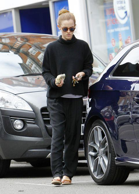 <p><strong>JULY 15, 2015</strong></p> <p>In an Isabel Marant sweater, out shopping in London.</p>