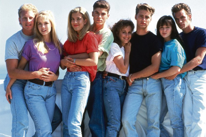 A visual representation of the 90s thanks to the cast of 90210 (never forget the original).