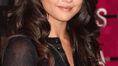 Selena Gomez Demonstrates The Art Of The Tasteful Instagram Nude